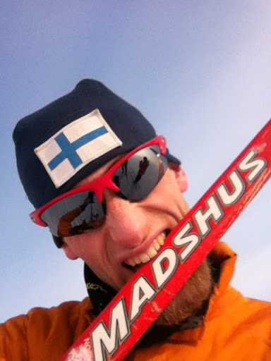 Sergei Kalugin evaluates the physical properties of the Madshus ski (with his teeth)
